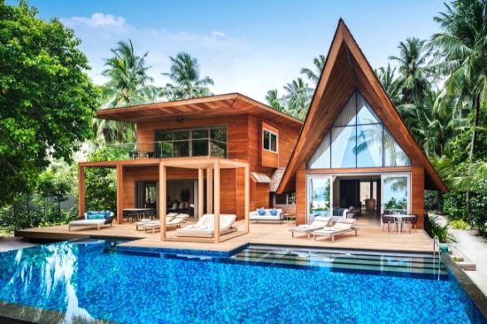 Unparalleled Seclusion in Exclusive Maldivian Villas