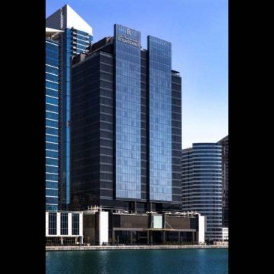 فندق Renaissance Downtown Hotel, Dubai يقدم عرض إقامة