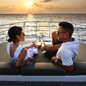 منتجع سانت ريجيس فومولي جزر المالديف يضيف باقات زفاف استثنائية ///