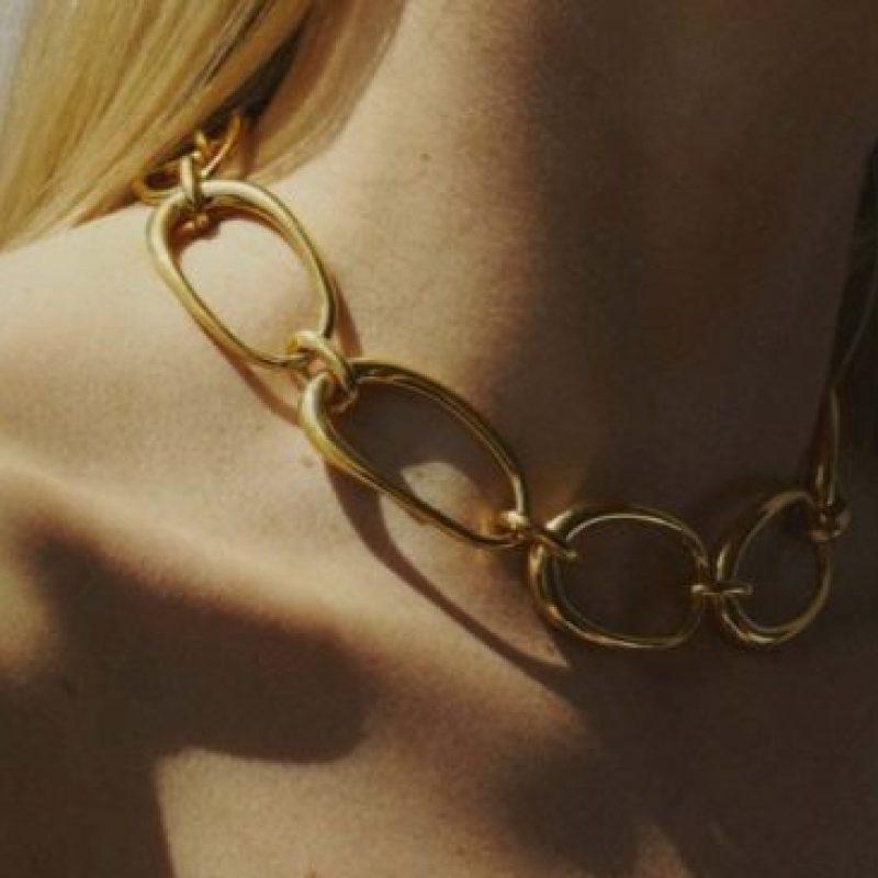 """مجموعة المجوهرات الملوّنة من """"شارلوت شيسنيه"""""""