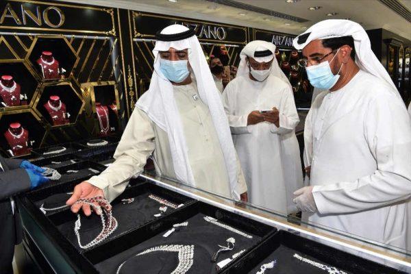 نهيان بن مبارك يفتتح الفرع التاسع لمجموعة سالم الشعيبي للمجوهرات