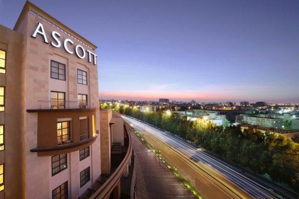 """أسكوت العالمية للفنادق تطلق تطبيق الأجهزة المحمولة """"DISCOVER ASR"""""""