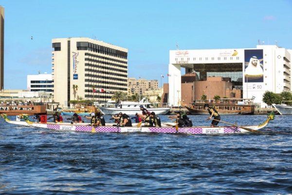 مهرجان دبي للتسوق استضاف سباقات قوارب التنين على خور دبي