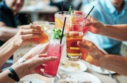 Licensed Dubai restaurants to start a drinks service again