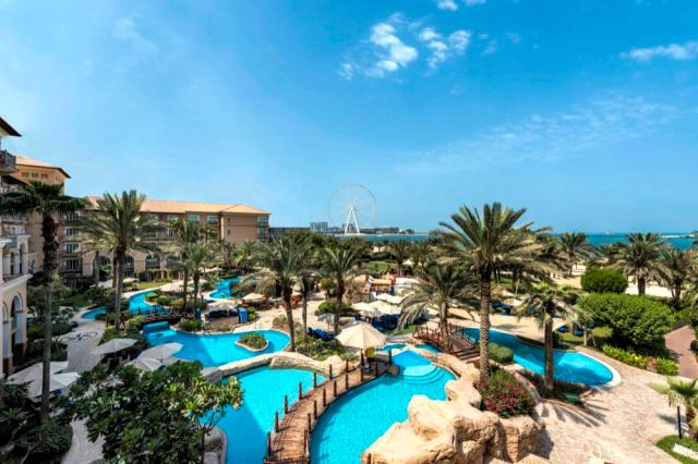 MAKE THE MOST OF SUNNY DAYS ATTHE RITZ-CARLTON, DUBAIIN JBR