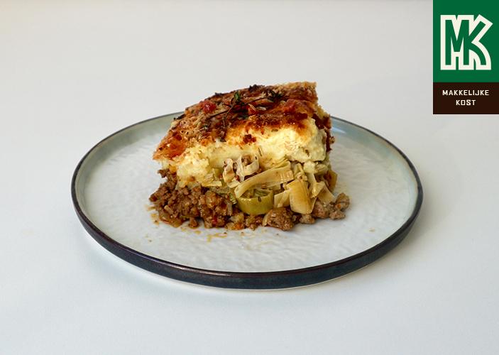 Ovenschotel met gehakt, prei en aardappelpuree