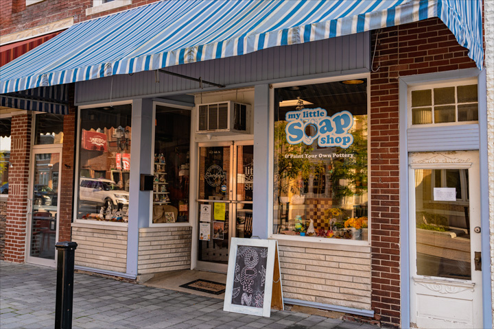 Soap shop brings paint-your-own-pottery to Fourth Street