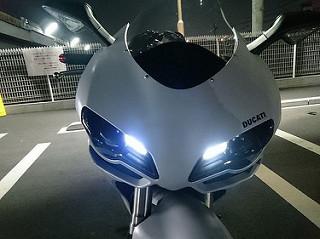 Ducati848EVOにLEDポジションランプをインストールッ!
