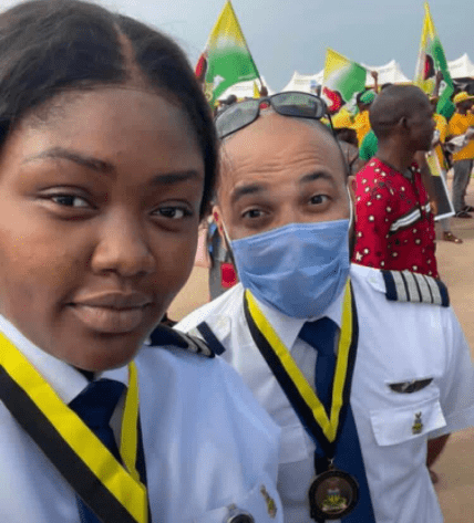 Yes She Can! Meet Captain Nwando Phina Okpalaeke: Airpeace Airline Pilot Who Is Amongst The History Making Pilots To Land A Plane As The Anambra International Passenger & Cargo Airport Was Inaugurated