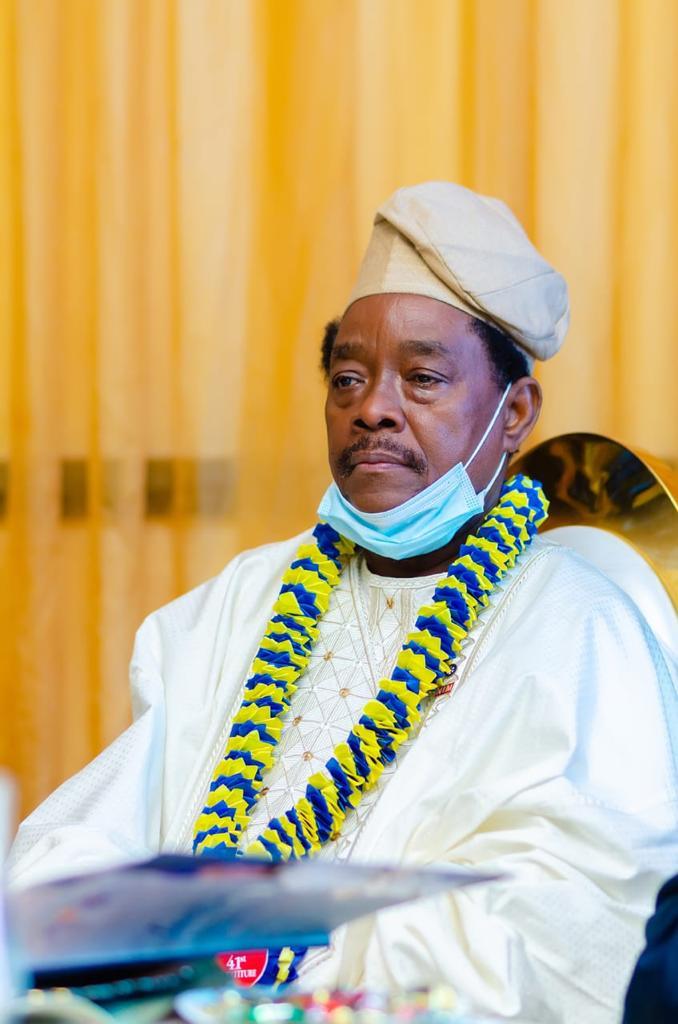 Rotarian Tejumola Taiwo Crowned 41st President Rotary Club Isolo