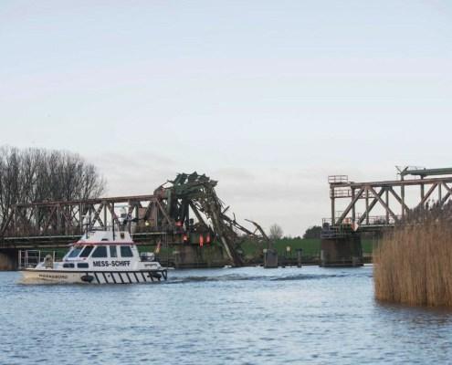 duc-marine-group-damaged-bridge-3