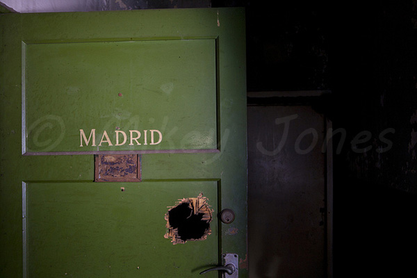 Madrid. One of the main dressing rooms for the top performers. © Mikey Jones.