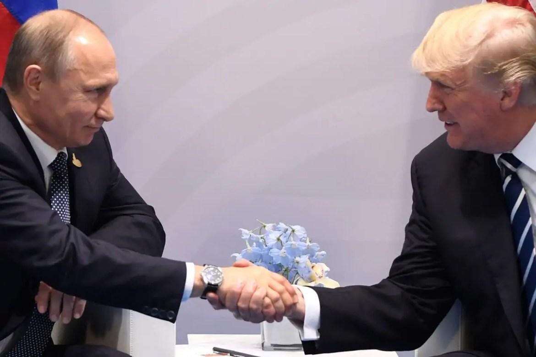 Heeft Poetin Trump in de hand?
