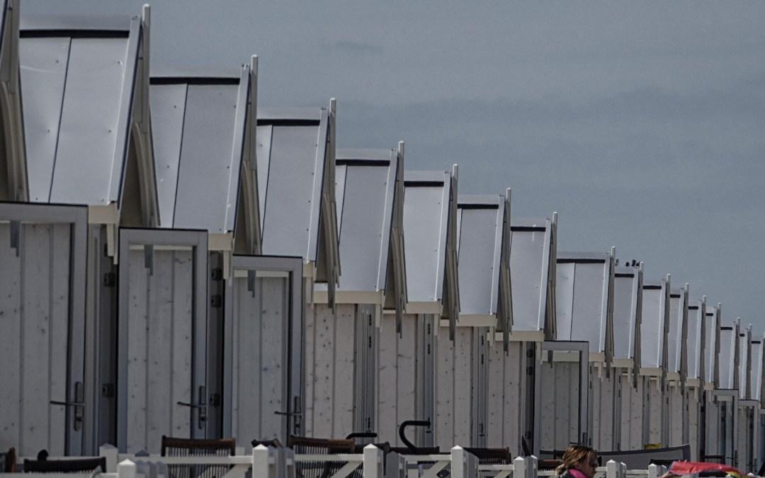 Bouw strandhuisjes Kijkduin schadelijk voor natuur