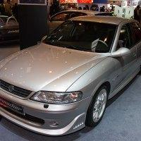 Vectra B 2.5 V6 i500 - Historia i dane techniczne