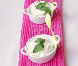 Tzatziki – Salata de castraveti
