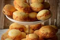 Paleuri cu nuci caramelizate