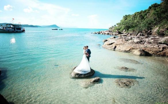 Biển Phú Quốc là địa điểm lý tưởng để có bộ ảnh cưới trong mơ