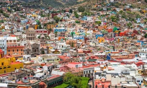 Những thành phố sắc màu trên thế giới