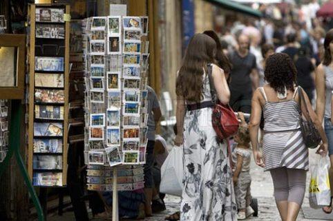Cảnh giác 4 trò lừa đảo mới tại Paris