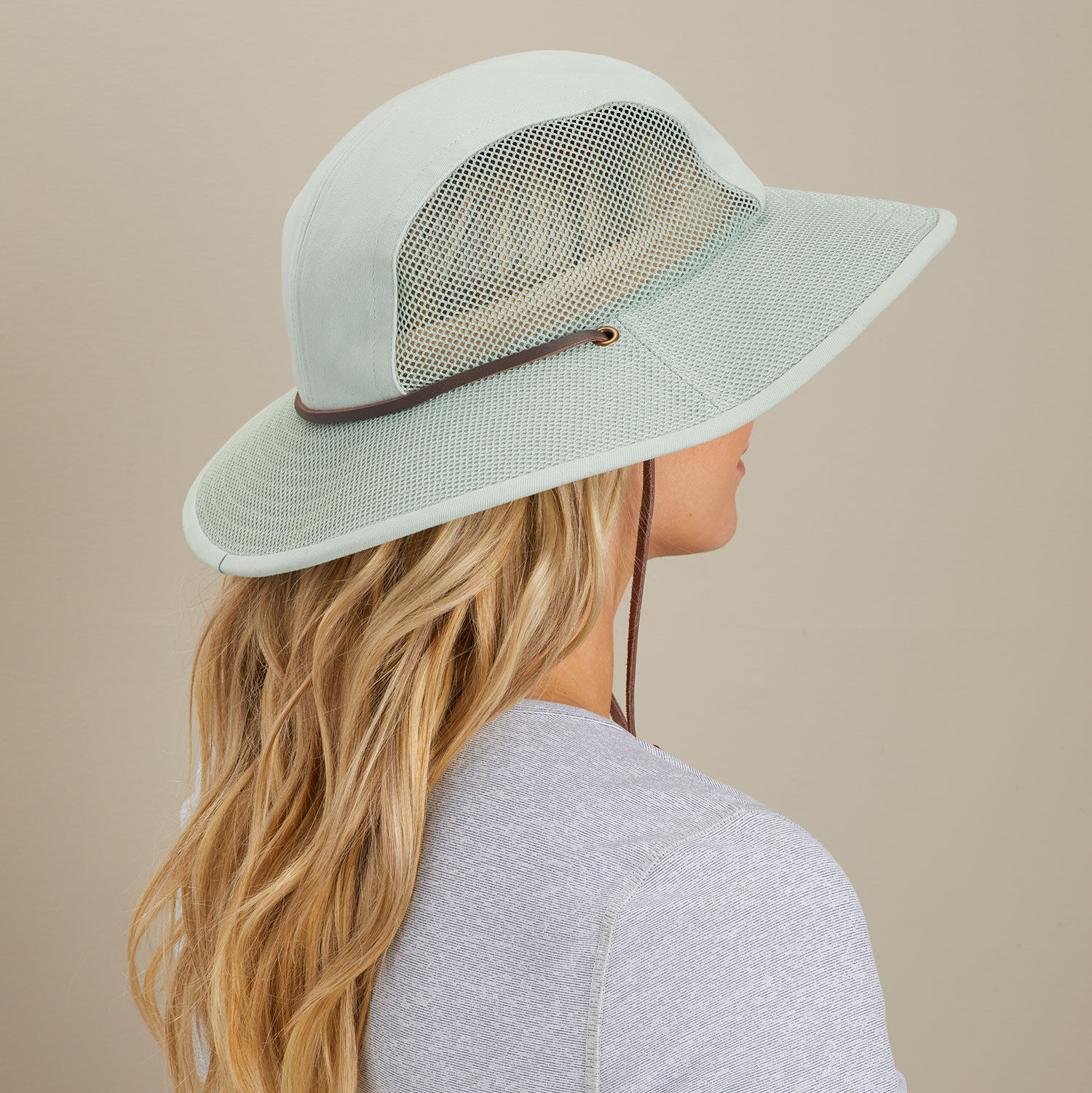 Women S Crusher Packable Sun Hat Duluth Trading Company