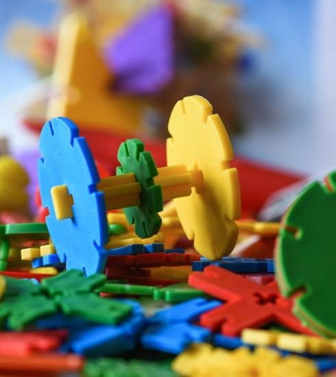 Toys Building Blocks Play  - fotoblend / Pixabay
