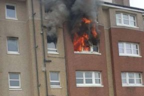 Dumbarton and Vale of Leven Reporter: The fire from a property in Ashton View