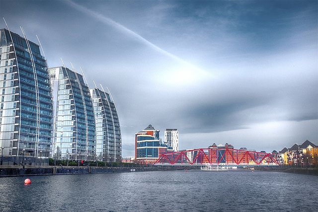 5 Ways To Reduce The Risk Of Property Investment - Salford Quays NV Apartments
