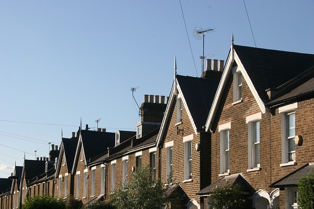 The Three Benefits Of Investing In UK Suburbs