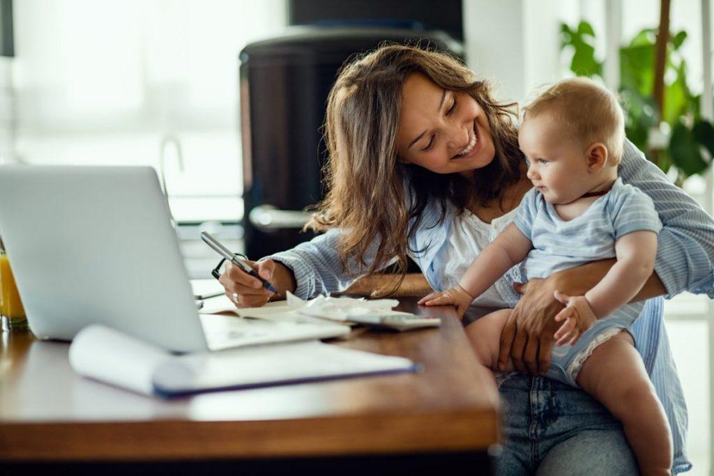 Mum, Baby, Laptop