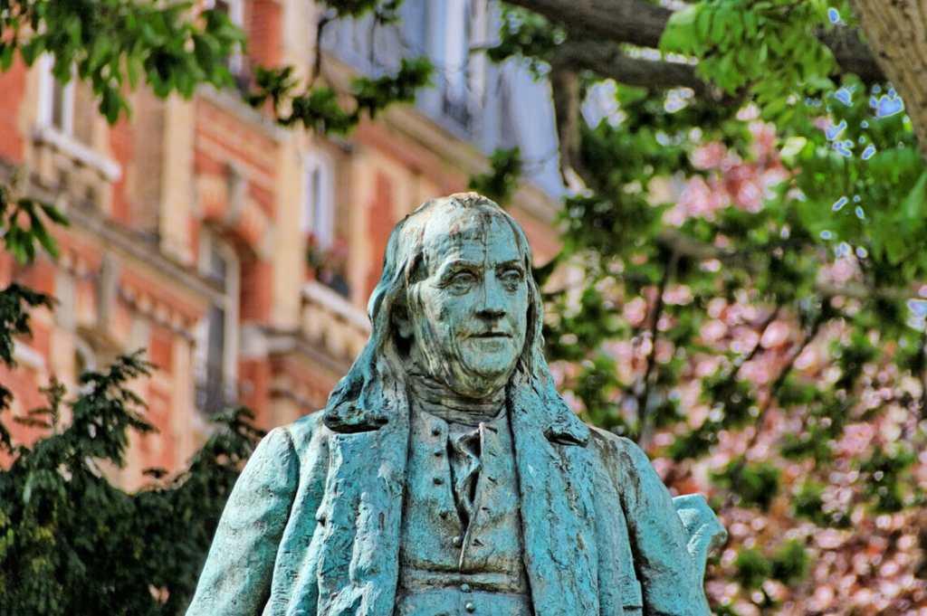 Statue of Benjamin Franklin, Paris.