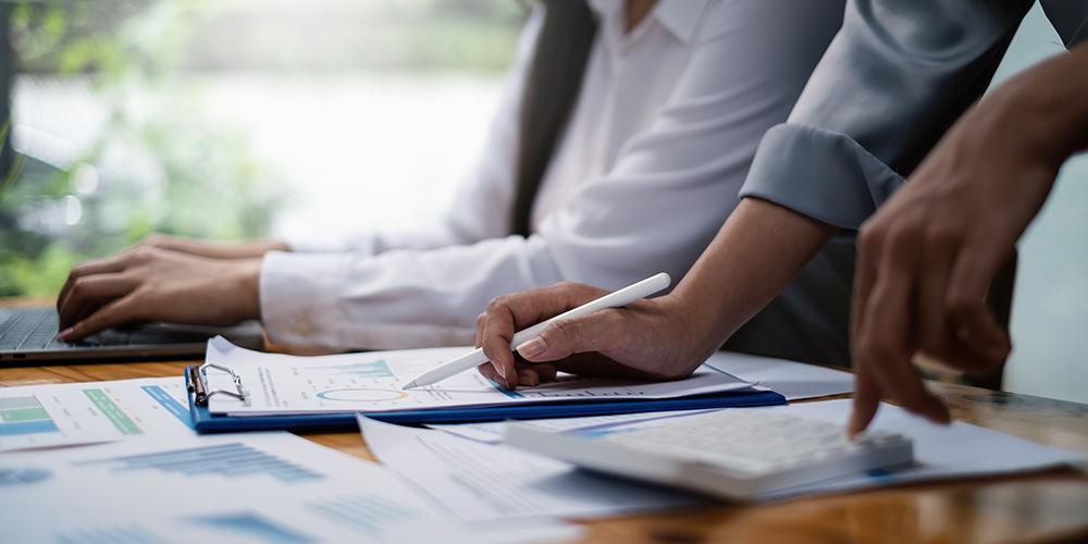 Analysising Investment Stock