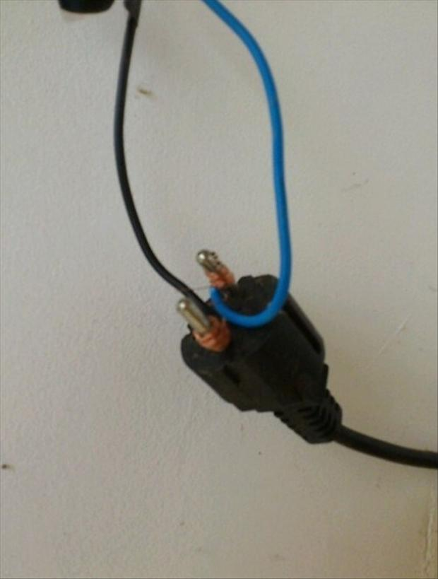 there i fixed it, hot wires