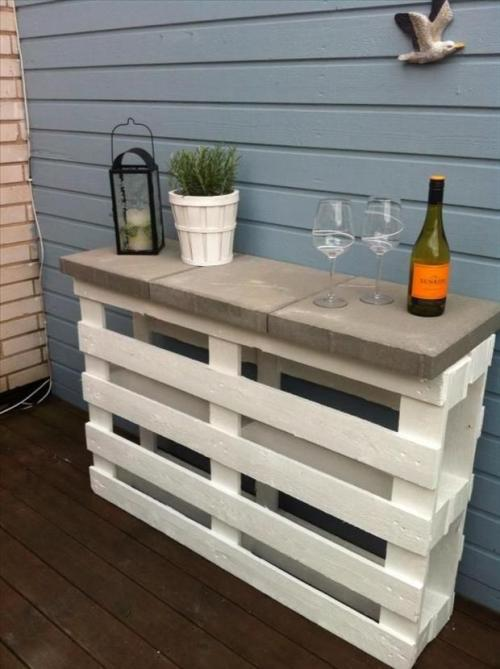 Cinder Blocks Bar with Pallets Wine Glasses Potted Plant Lantern Outdoor Furniture DIY