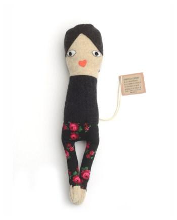 skinny girl met broekje met rozenprint