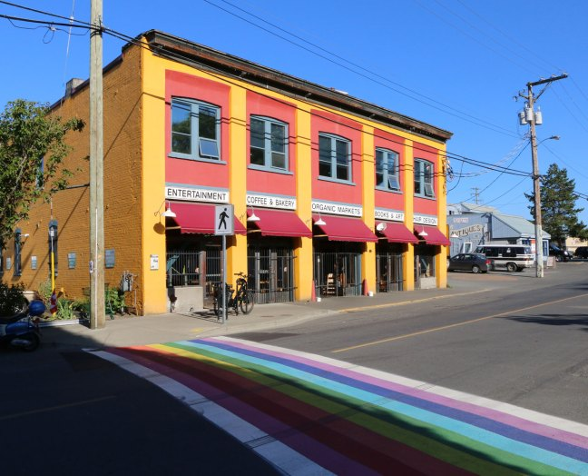 "Duncan Garage and ""Rainbow Crosswalk"" on Duncan Street, 3 July 2018 (photo by DuncanTaxpayers.ca)"
