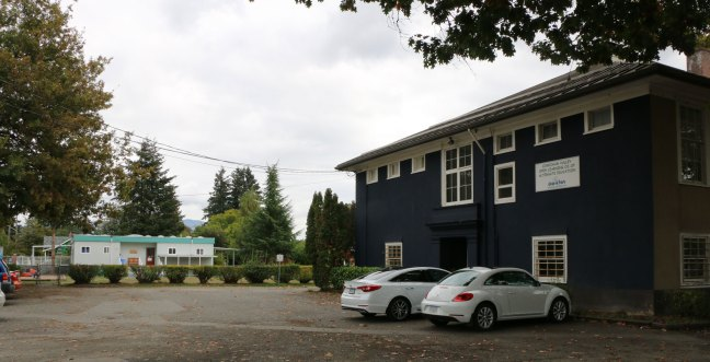 540 Cairnsmore Street. This former school building was the proposed site of a temporary Emergency Women's Shelter until City of Duncan Council voted against that plan on 17 September 2018. This photo shows the proximity of a day care center in the adjacent building (photo by DuncanTaxpayers.ca