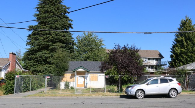 454 Garden Street, Duncan on 31 July 2018, looking east (photo: DuncanTaxpayers.ca)