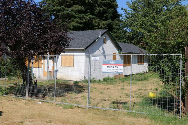 454 Garden Street, Duncan on 31 July 2018, looking north east (photo: DuncanTaxpayers.ca)