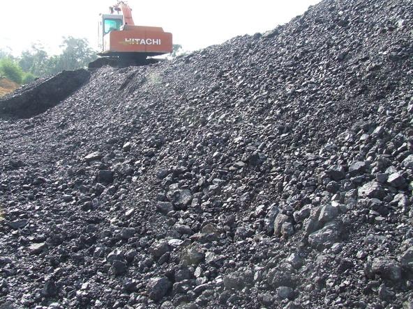Dugaan Pertambangan Ilegal di Lahan IUP OP PT Anzawara Satria, Dirjen Minerba Masih Bungkam
