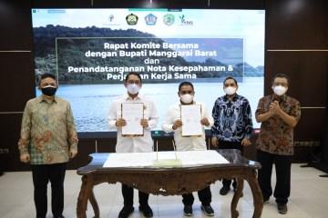 Komite Bersama dan Pemkab Manggarai Barat Teken MoU Pengembangan Panas Bumi