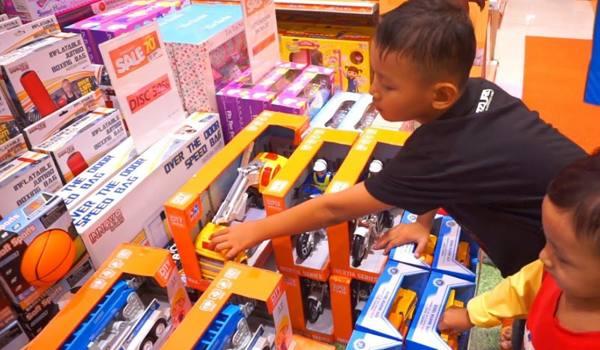 toko mainan di Kaimana