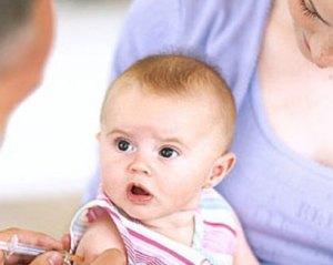 4 Tips Jika Bayi dan Balita Tidak Rewel Setelah Imunisasi