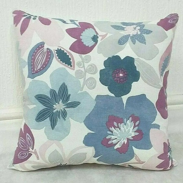 berry pink flower pattern scatter cushion design