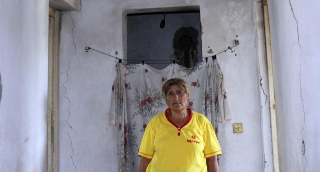 Saikanush Akopyan'ın evi kritik bir durumda. Saikanush Akopyan ve ailesi 2002 yılında Ukhtasar'a taşındı