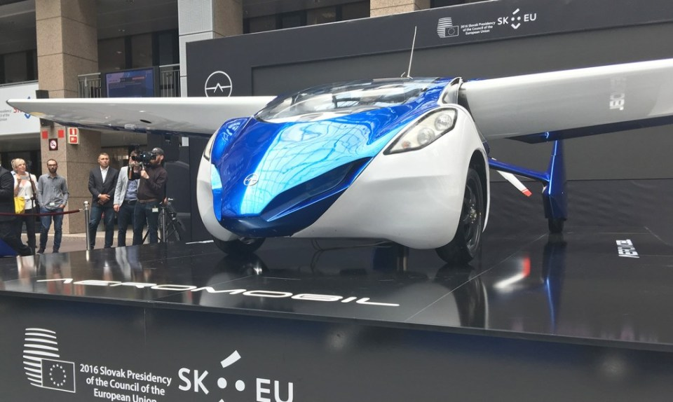 aeromobil-3.0-flying-car-1020x610