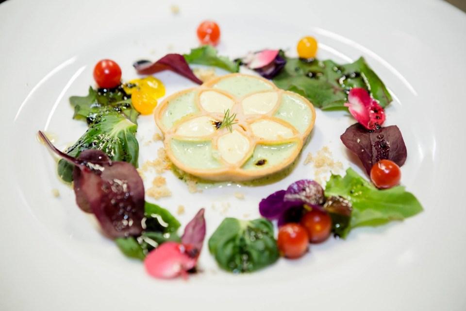 caesars-flower-life-food-ink