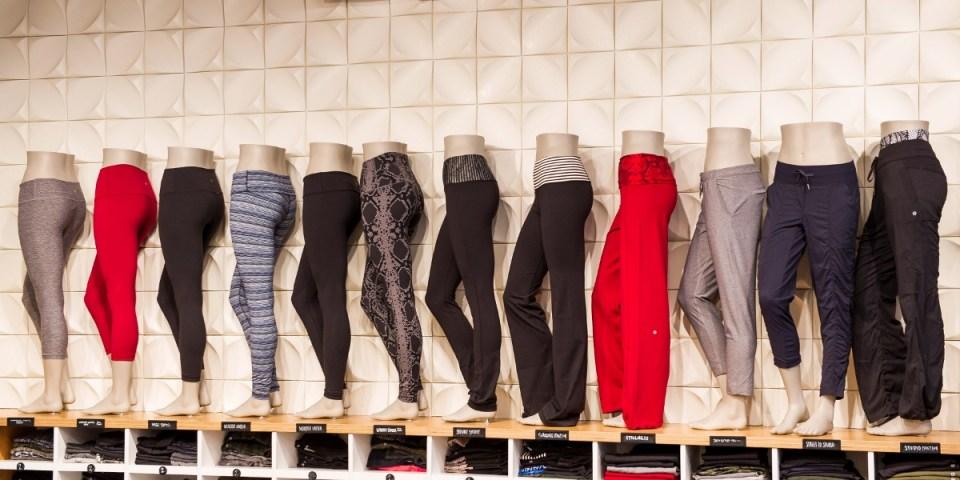 Kısa zamanda 'kült marka' seviyesine ulaşmış yoga giyim markası Lululemon'ın tuzlu yoga pantolonları