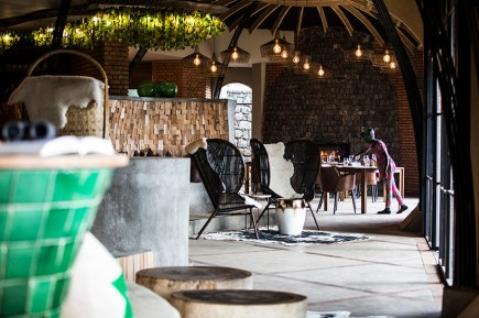 wilderness-safaris-bisate-lodge-volcanoes-national-park-rwanda-designboom-04