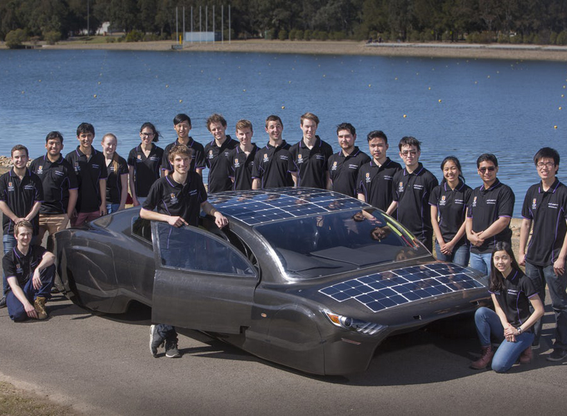 sunswift-violet-solar-electric-sedan-designboom-newsletter